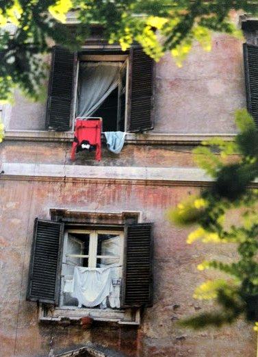 window laundry1