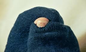 sock with hole in toe